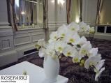 Altar-Table-Flowers