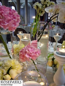 Wedding-flowers-at-The-George